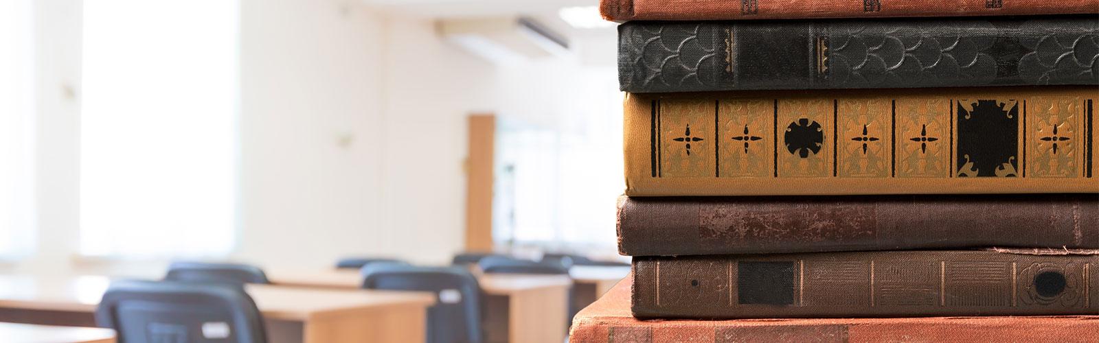 Books_bg1